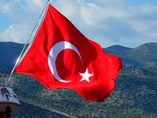 Detekteien ermitteln auch in der Türkei.